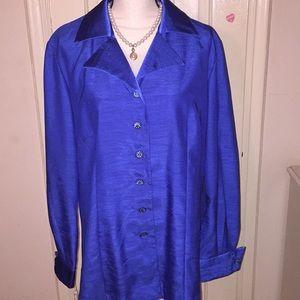 Gorgeous Designer 2-Piece Suit (Jacket and Skirt)